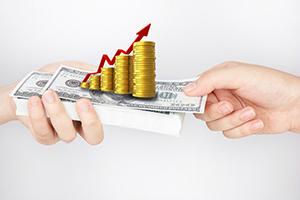 """""""神奇的消息""""刺激!黄金和股市同步上扬 金价大涨才刚刚开始、未来看向2500美元?"""