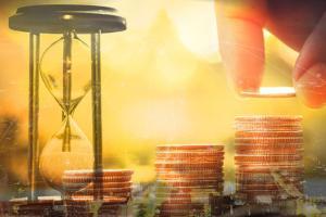 多头小心!黄金期货恐还有近20美元回调空间 机构:黄金、白银、原油和铜最新技术前景分析