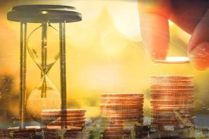 IMF报告鼓舞黄金多头、期金恐还有近20美元大涨空间 机构:黄金、白银、原油和铜最新技术前景分析